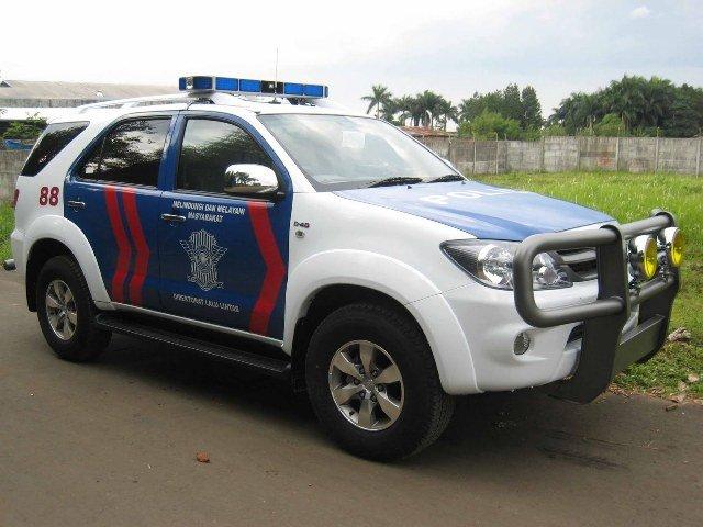 Jajaran Mobil Polisi Indonesia Terbaru Dan Mewah Bintom