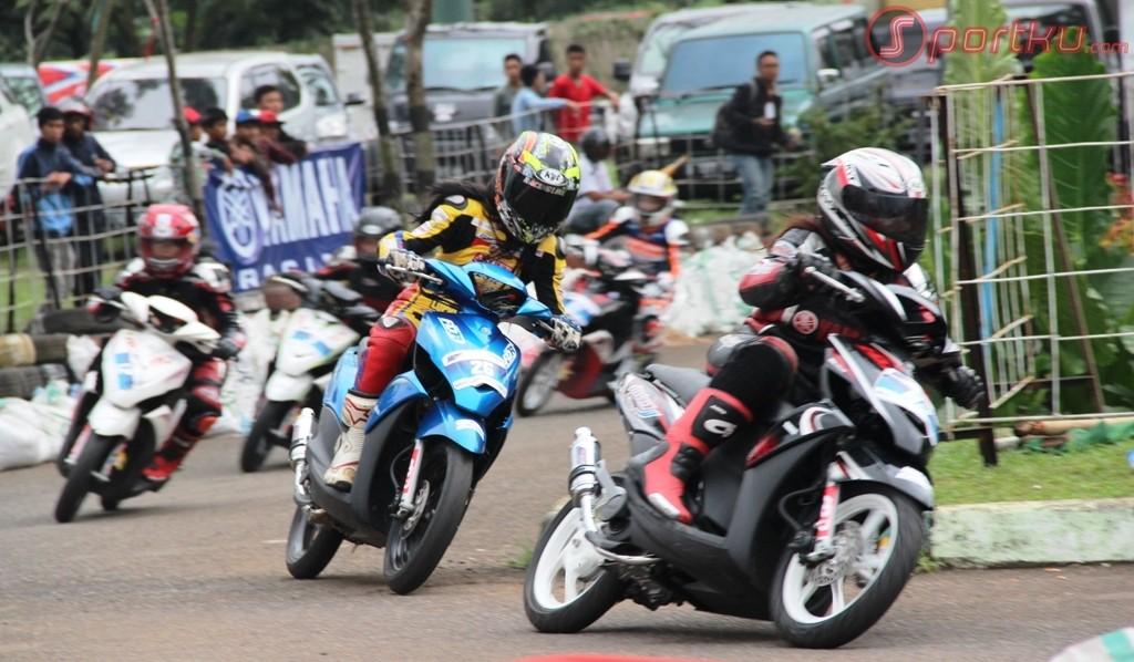 Teknik Balap Motor Road Race