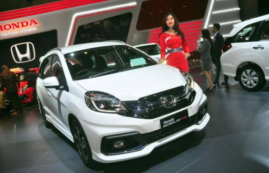 Honda-Mobilio-RS-CVT-Limited-Edition