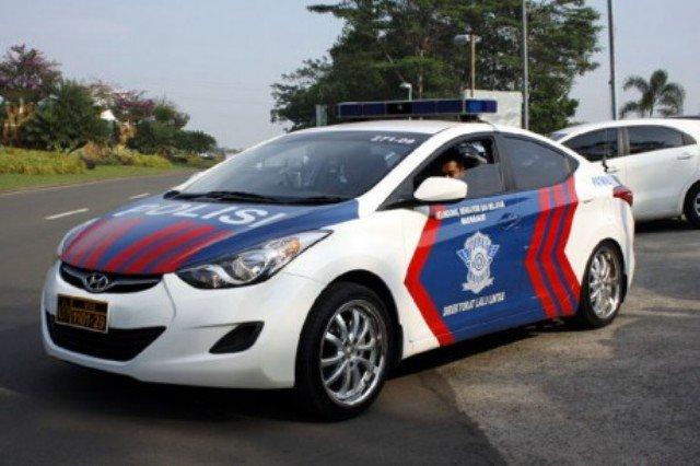 Jajaran Mobil Polisi Indonesia Terbaru dan Mewah | BINTOM ...