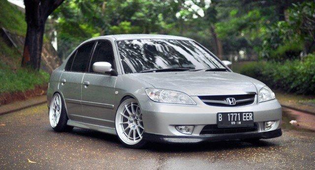 mobil premium murah,pilihan mobil premium murah,mobil premium murah indonesia,pilihan mobil premium harga murah,mobil premium murah meriah,honda civic vti-s