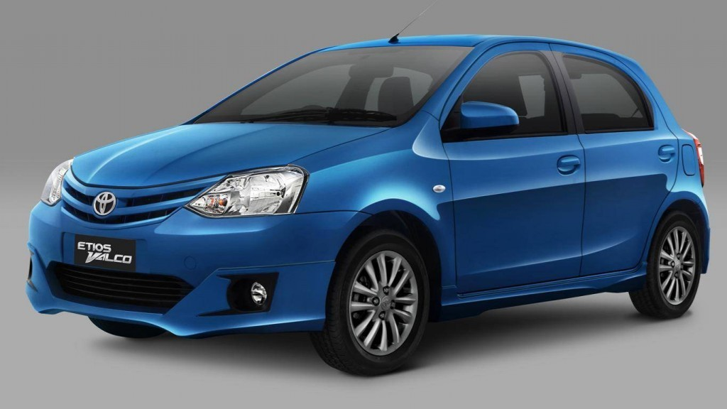 2013-Toyota-Etios-Valco-GMT