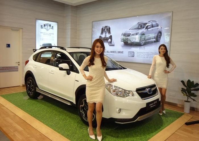Subaru-XV-STI-2014-700x495